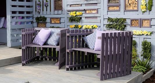 Garden-pallet-chairs